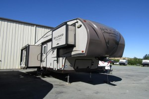 Used 2014 Forest River Rockwood Signature 8289 WS Fifth Wheel Trailer