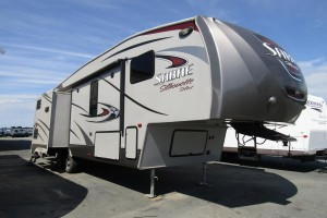 Used 2014 Palomino Sabre Silhouette 315 RLTS Fifth Wheel Trailer