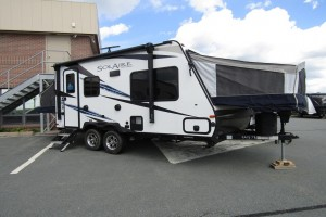New 2021 Palomino SolAire Expandables 163X Hybrid Trailer