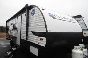 New 2020 Coachmen Clipper 7ft 6in 21RD Travel Trailer
