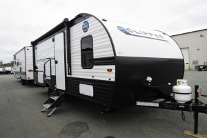 New 2021 Coachmen Clipper Ultra-Lite 182DBU Travel Trailer