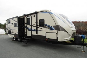 Used 2015 Cross Roads SUNSET TRAIL 26 RB Travel Trailer