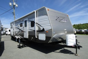 Used 2013 Cross Roads Zinger 280BH Travel Trailer