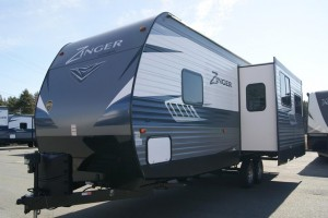 Used 2018 Cross Roads Zinger 285 RL Travel Trailer