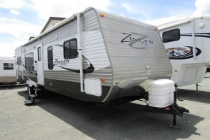 Used 2014 Cross Roads Zinger 30RK Travel Trailer