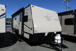 Used 2018 Forest River CLIPPER CADET 17BH Travel Trailer