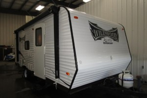 Used 2014 Forest River Wildwood X-Lite 195 BH Travel Trailer