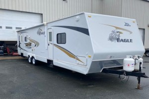 Used 2008 Jayco Eagle 320 RLDS Travel Trailer