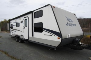 Used 2015 Jayco Jay Feather X254 Travel Trailer