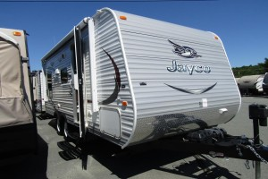 Used 2015 Jayco Jay Flight 19RD Travel Trailer