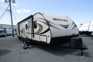 Used 2016 KEYSTONE BULLET 272BH Travel Trailer