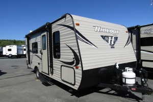 Used 2017 KEYSTONE HIDEOUT 178LHS Travel Trailer