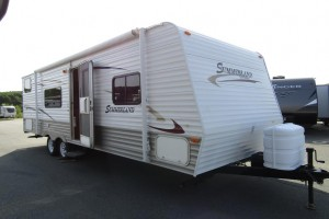 Used 2010 KEYSTONE SUMMERLAND 2600TB Travel Trailer