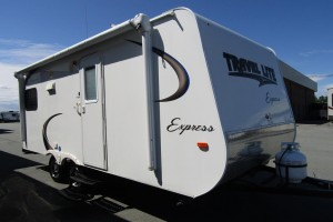 Used 2016 Travel Lite Travel Lite Express E 19QBH Travel Trailer