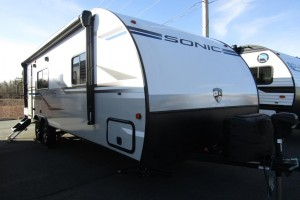 New 2020 Venture Sonic 231VRK Travel Trailer