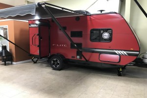 New 2019 Travel Lite F-Lite 18RB Travel Trailer